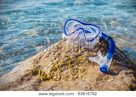 Mask For Scuba Diving And Snorkel To Swim At The Beach