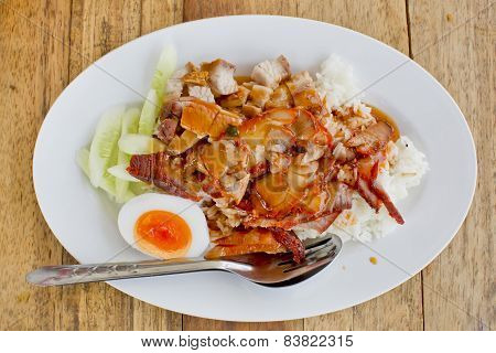 Bbq Pork And Crispy Pork Over Rice With Sweet Gravy Sauce (kao Moo Daeng)
