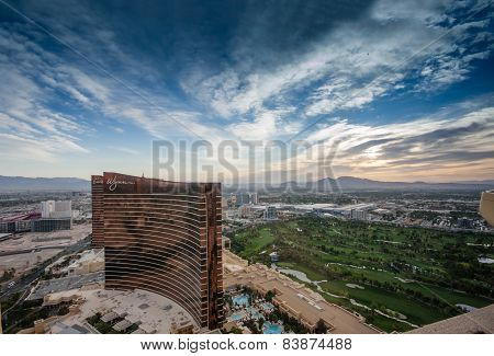 Las Vegas, Nevada, Usa - May 5, 2014: Working Round-the-clock Modern Vegas Hotels And Casinos Wynn A