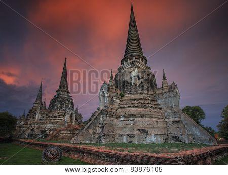 Old Temple Wat Monkonbapit Of Ayuthaya