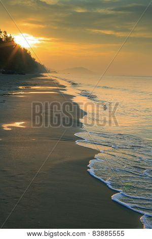 Natural Land Scape Of Sun Rising On Sea Beach Vertical Form