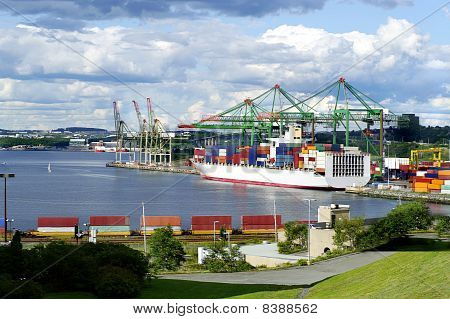shipping cargo commercial transportation