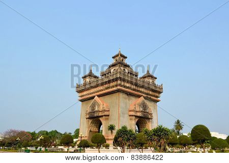 Patuxai arch monument, victory gate, Vientiane, Laos.