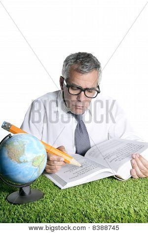 Senior Student Teacher Humor Glasses Map Book Pencil
