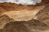 pic of jammu kashmir  - Brown colourful rocks and stones  - JPG