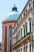 picture of vicenza  - Perspective of the dome of the Vicenza cathedral seen from the main street of the old town centre - JPG