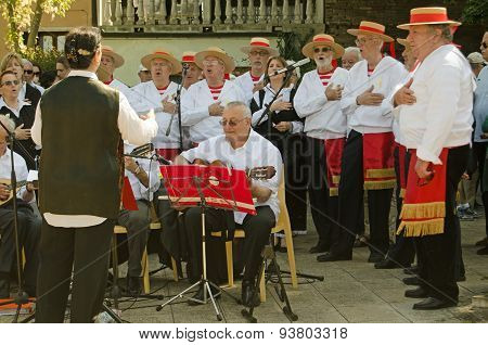 Folk Singers At Venice Festival