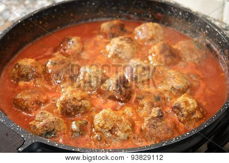 Ragout Of Meatballs