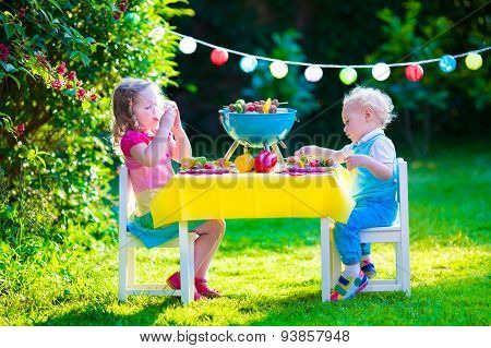 Garden Grill Party For Kids