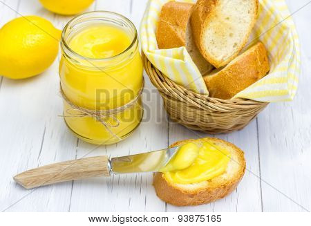 Lemon Curd With Lightly Toasted Baguette