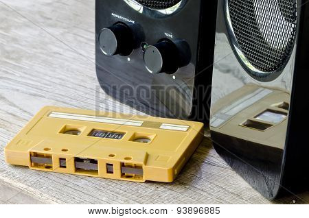 Tape Cassette And Speaker