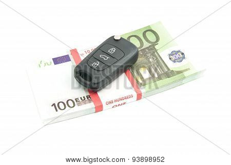 One Hundred Euros Notes And Car Keys