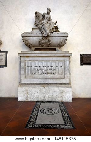 FLORENCE, ITALY - January 19, 2016 : tomb of Niccolo Machiavelli, italian renaissance philosopher in Santa Croce basilica on january 19, 2016, Florence, Italy