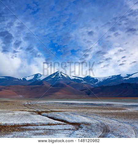 Tso Kar salt water lake in Ladakh North India. Tso Kar located in Rupsa valley nearly 240 km southeast of Leh at a height of around 4500 m and 28 km long.
