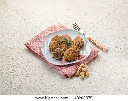 vegetarian hazelnuts meatball