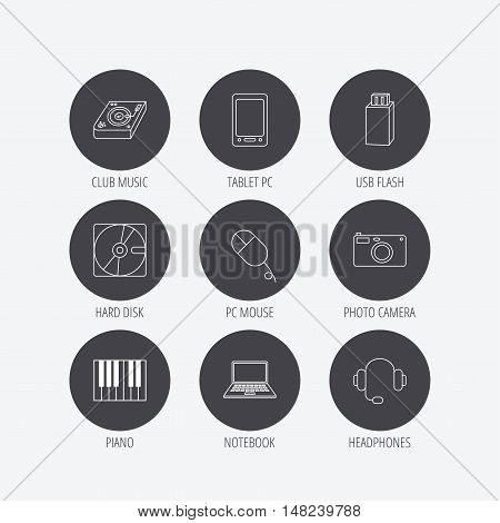 Tablet PC, USB flash and notebook laptop icons. Club music, hard disk and photo camera linear signs. Piano, headphones icons. Linear icons in circle buttons. Flat web symbols. Vector