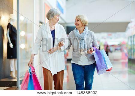 Talking shoppers