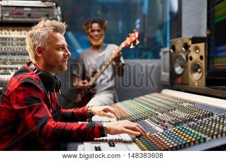 Work of sound operator
