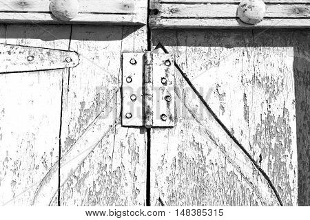 In Oman Antique Door Entrance And Decorative   Handle For Background
