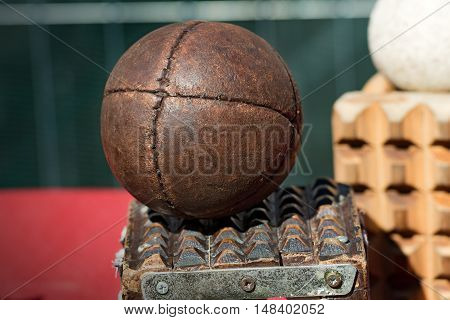 Pallone col Bracciale (Ball with the Bracelet) - XVI century the most popular sport athletic team in Italy until 1921. Treia Macerata Marche Italy