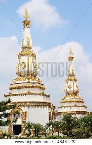 Thai temple Wat Phra Mahathat Chedi Chaimongkol,Roi-Et, Thailand