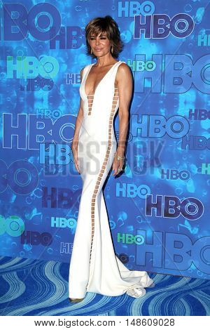 LOS ANGELES - SEP 18:  Lisa Rinna at the 2016  HBO Emmy After Party at the Pacific Design Center on September 18, 2016 in West Hollywood, CA