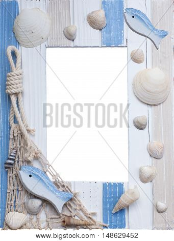 Maritime frame with shells and fish and copy space, isolated
