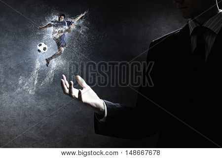 Best match moments . Mixed media
