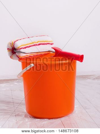 Roller Brush And Bucket For Wall Painting