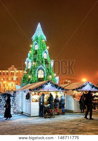 Vilnius Christmas Market And Christmas Tree In Lithuania
