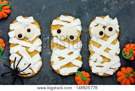 Mummy cookies with funny eyes for kids