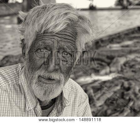 September 16th 2016 Los Angeles california .Sad Image of a senior Man in Park Homeless