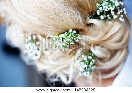 Hairstyle of the blonde bride