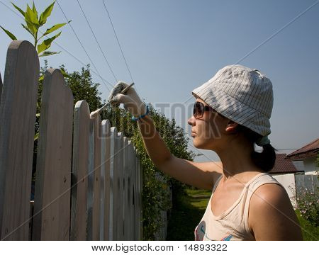 Beautiful Girl Colours The Wooden Fence