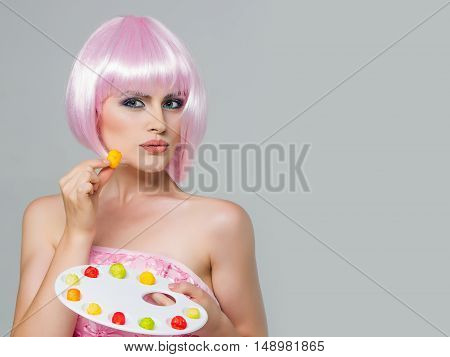 Pretty Girl In Pink Wig With Marmalade Palette