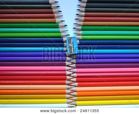 colored pencils zipper