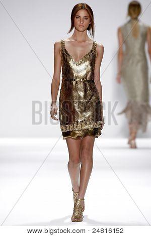Elie Tahari Spring/Summer 2012 Collection - New York