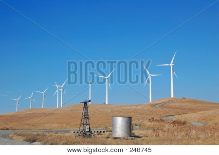 California Modern Windmills