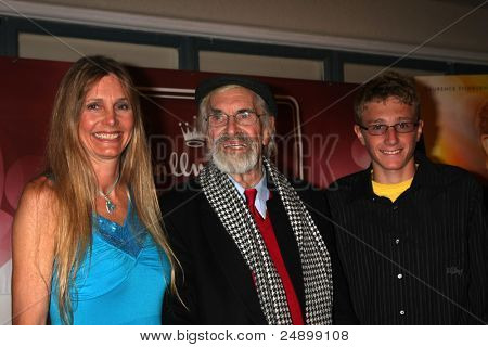 LOS ANGELES - NOV 3:  Gretchen Becker, Martin Landau, her son and his God son arrives at Twentieth Century Fox Studios on November 3, 2011 in Los Angeles, CA