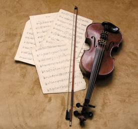image of musical instrument string  - old violin - JPG