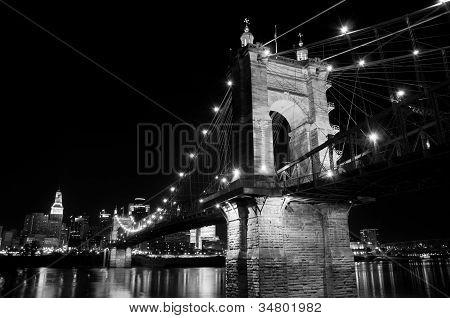 Roeblin Bridge at Night