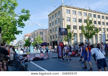 People Play Basketball In Gediminas Prospect
