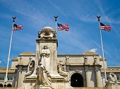 foto of amtrak  - Union Station at Washington DC with Three American Flags - JPG