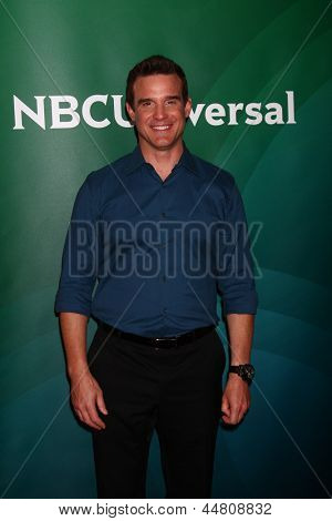 LOS ANGELES - APR 22:  Eddie McClintock at the NBCUniversal Summer Pres Day 2013 at the Huntington Langham Hotel on April 22, 2013 in Pasadena, CA