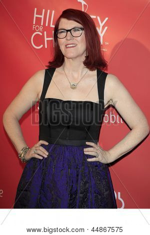 LOS ANGELES - APR 25:  Kate Flannery arrives at the Second Annual Hilarity For Charity benefiting The Alzheimer's Association  at the Avalon  on April 25, 2013 in Los Angeles, CA