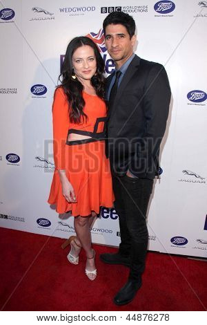 LOS ANGELES - APR 23:  Lara Pulver, Raza Jaffrey arrives at the 7th Annual BritWeek Festival