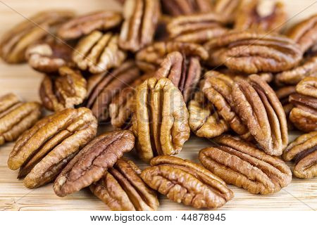 Freshly Roasted Pecan Nuts