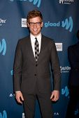 LOS ANGELES - APR 20:  Barrett Foa arrives at the 2013 GLAAD Media Awards at the JW Marriott on Apri