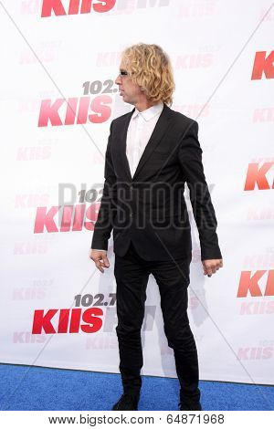 LOS ANGELES - MAY 10:  Andy Dick at the 2014 Wango Tango at Stub Hub Center on May 10, 2014 in Carson, CA