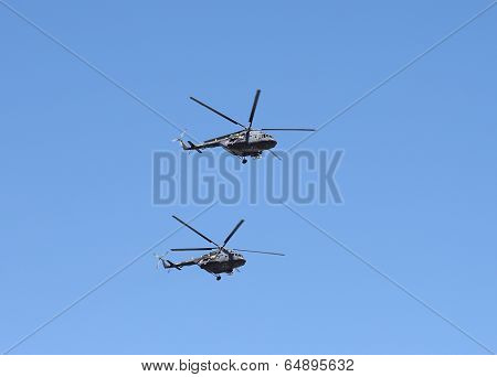 Helicopters in flight